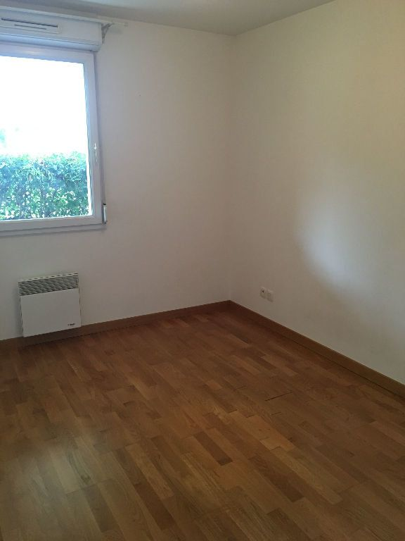 Appartement à louer 2 48.89m2 à Castanet-Tolosan vignette-2
