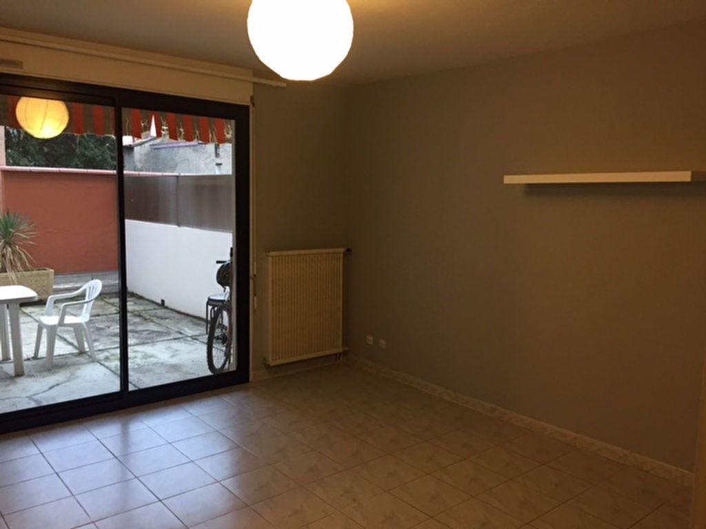 Appartement à louer 1 29m2 à Toulouse vignette-2