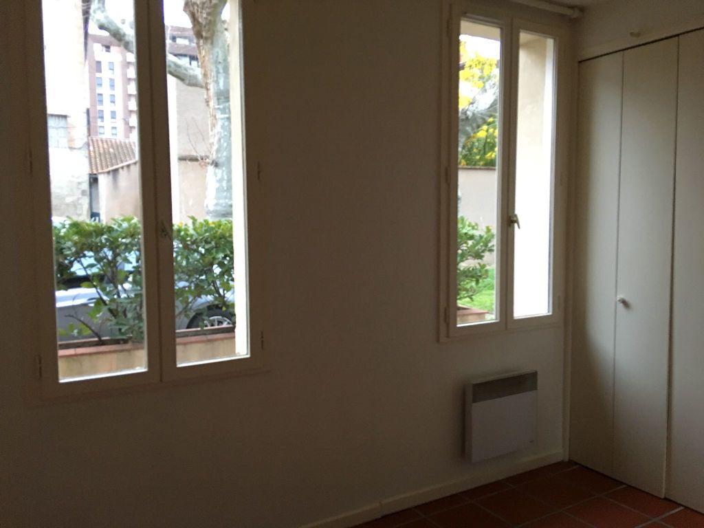 Appartement à louer 2 35.57m2 à Toulouse vignette-6