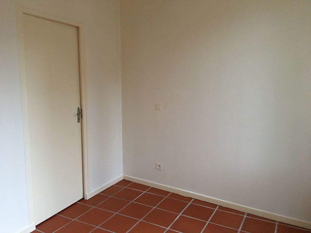 Appartement à louer 2 35.57m2 à Toulouse vignette-7