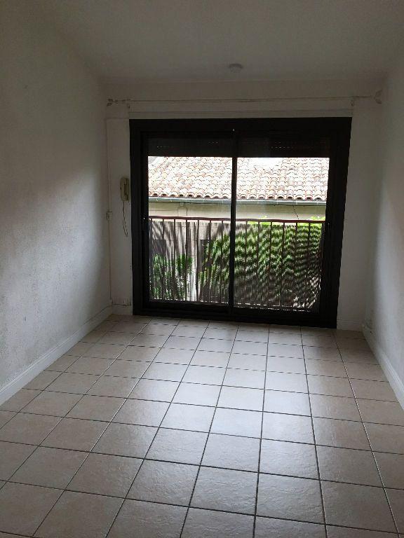 Appartement à louer 1 20m2 à Toulouse vignette-3