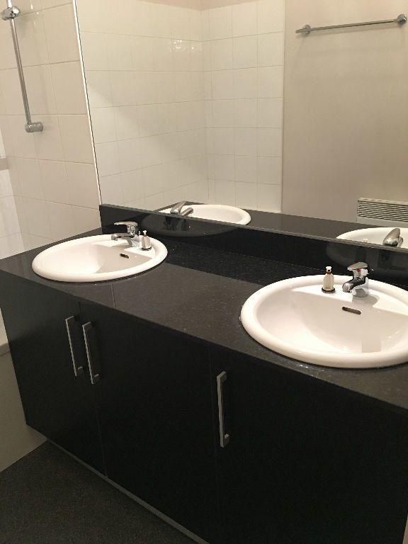 Appartement à louer 3 73.08m2 à Toulouse vignette-5