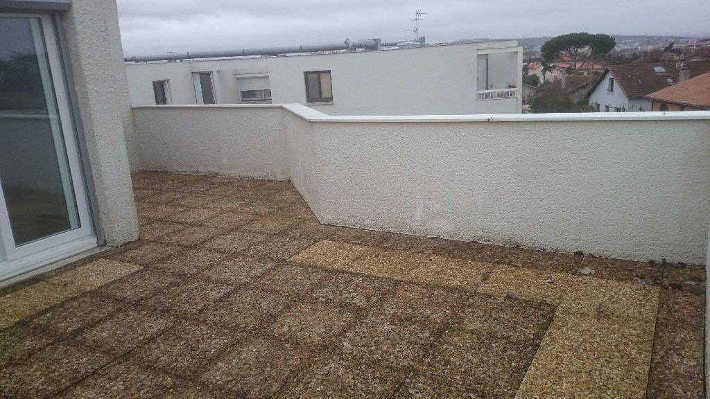 Appartement à louer 2 51.83m2 à Toulouse vignette-5