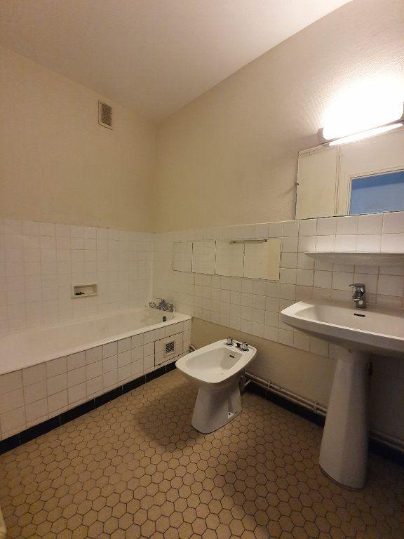 Appartement à louer 4 78.78m2 à Toulouse vignette-6