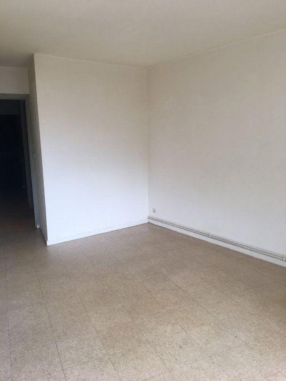 Appartement à louer 1 26.15m2 à Toulouse vignette-3