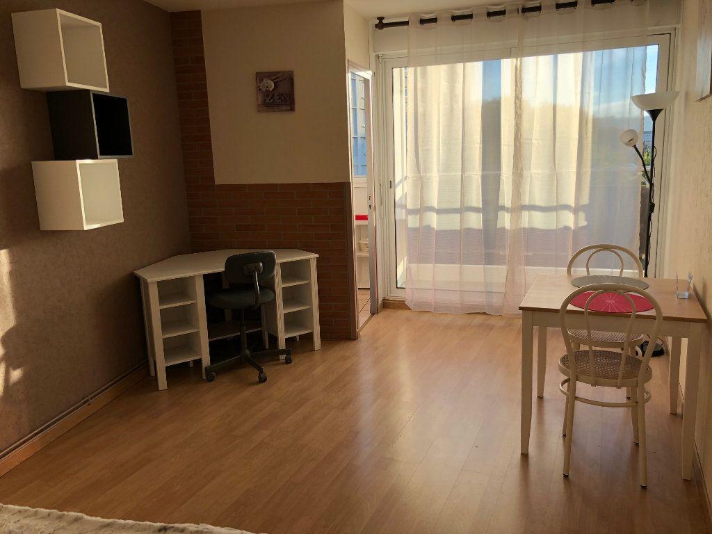 Appartement à louer 1 26.89m2 à Toulouse vignette-1