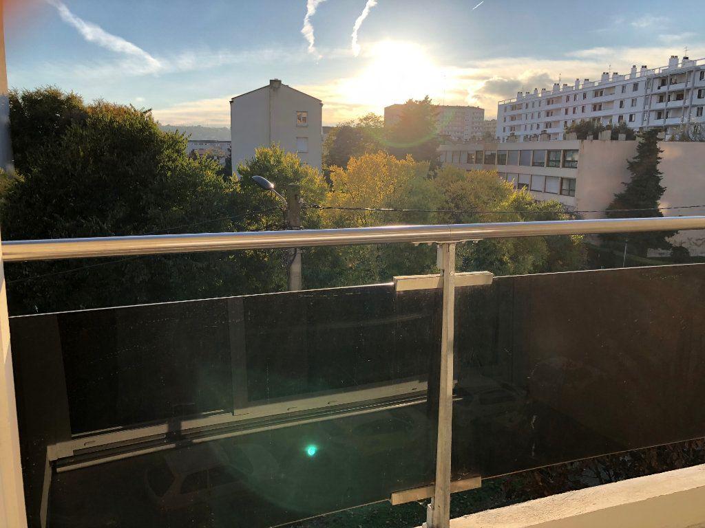 Appartement à louer 1 26.89m2 à Toulouse vignette-5