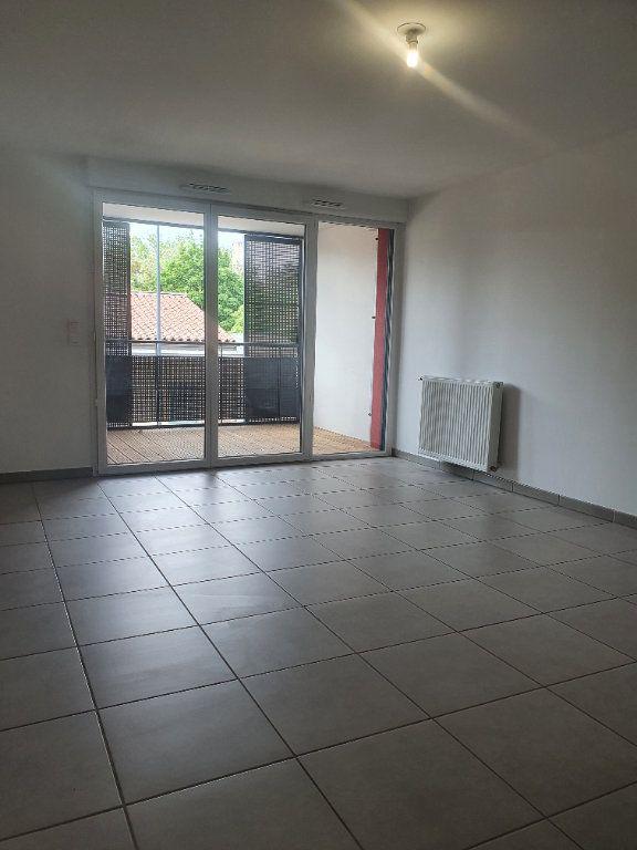 Appartement à louer 3 63.25m2 à Toulouse vignette-1