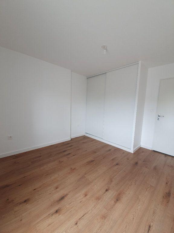 Appartement à louer 3 63.25m2 à Toulouse vignette-7