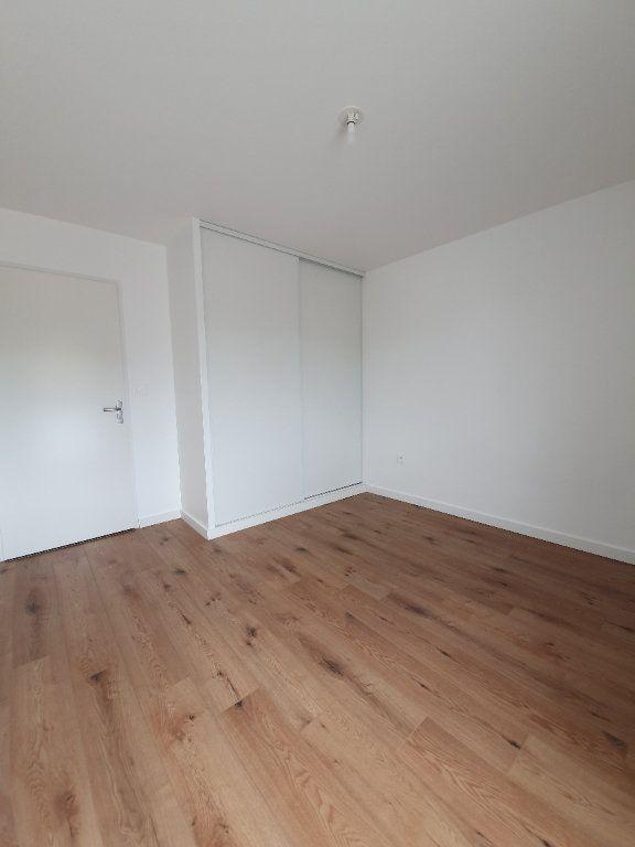 Appartement à louer 3 63.25m2 à Toulouse vignette-9