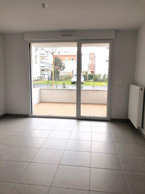 Appartement à louer 2 40.04m2 à Cugnaux vignette-2
