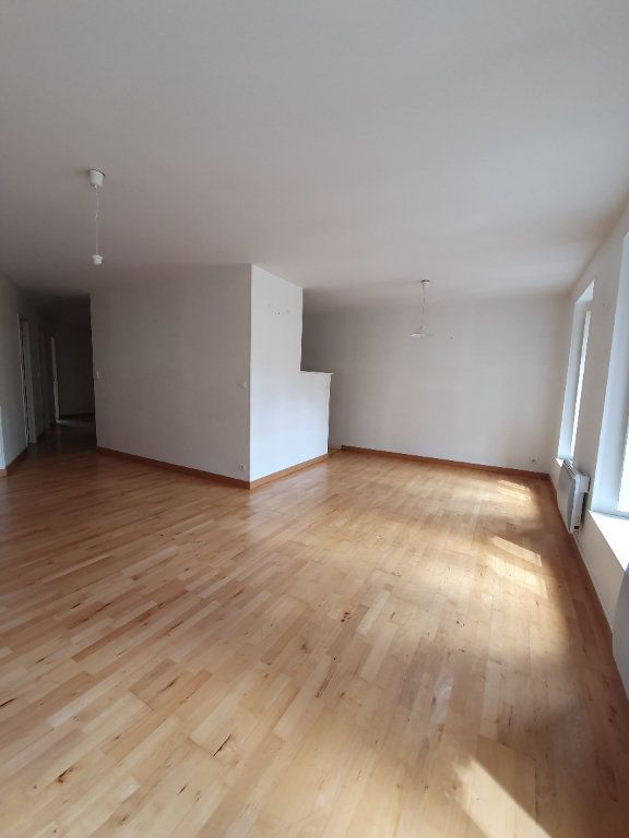Appartement à louer 3 72.73m2 à Toulouse vignette-3