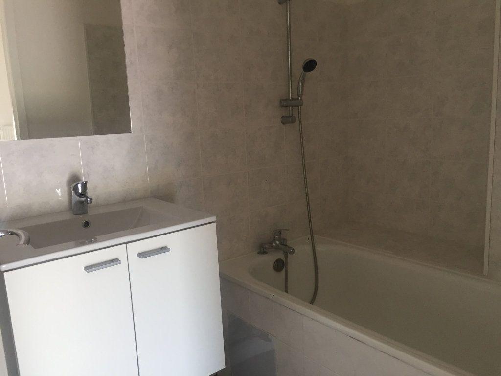 Appartement à louer 2 30m2 à Toulouse vignette-2