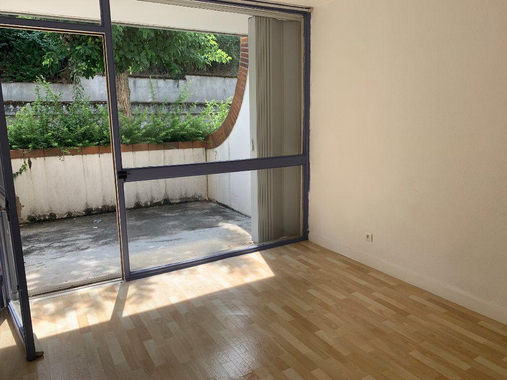 Appartement à louer 1 14.51m2 à Toulouse vignette-1