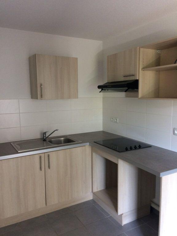 Appartement à louer 3 60.4m2 à Toulouse vignette-2