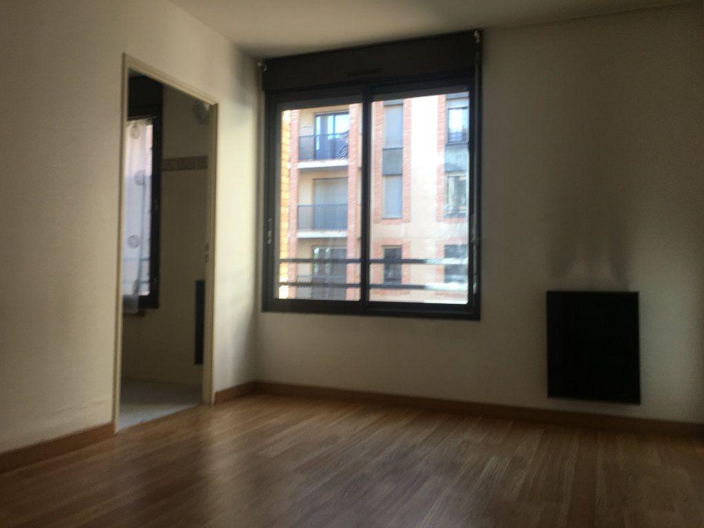 Appartement à louer 4 87.93m2 à Toulouse vignette-4
