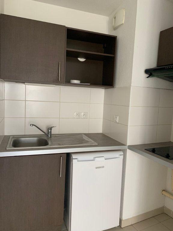 Appartement à louer 2 48.1m2 à Toulouse vignette-2