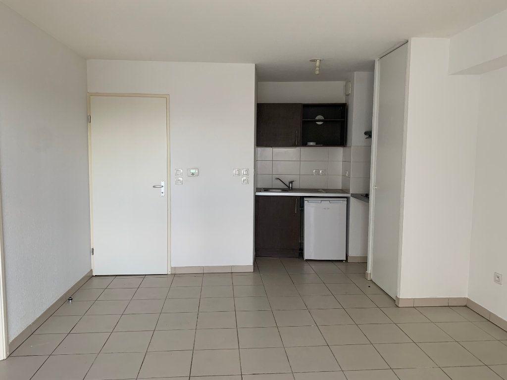 Appartement à louer 2 48.1m2 à Toulouse vignette-3