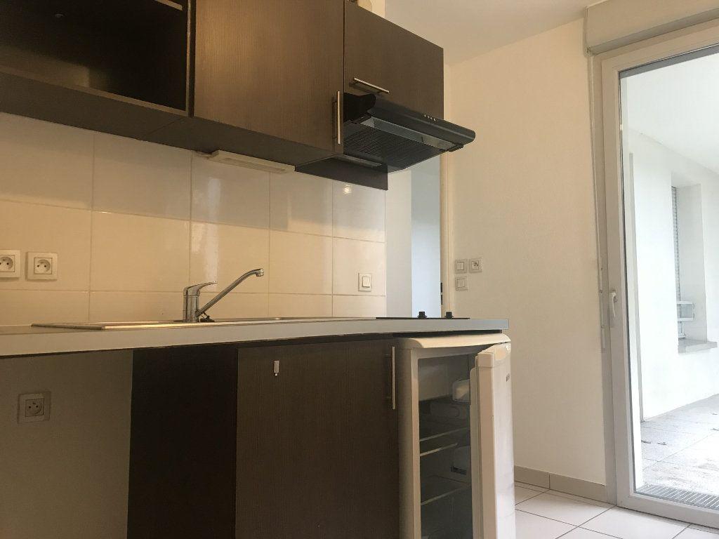 Appartement à louer 2 49.6m2 à Toulouse vignette-2