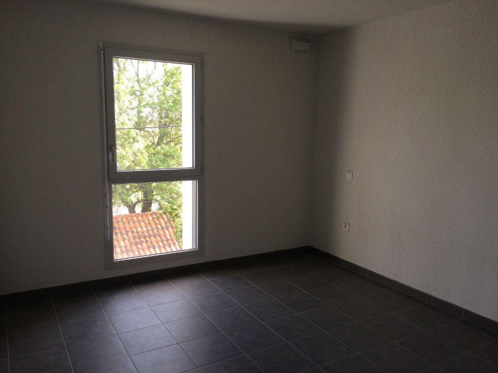 Appartement à louer 3 60.73m2 à Toulouse vignette-4