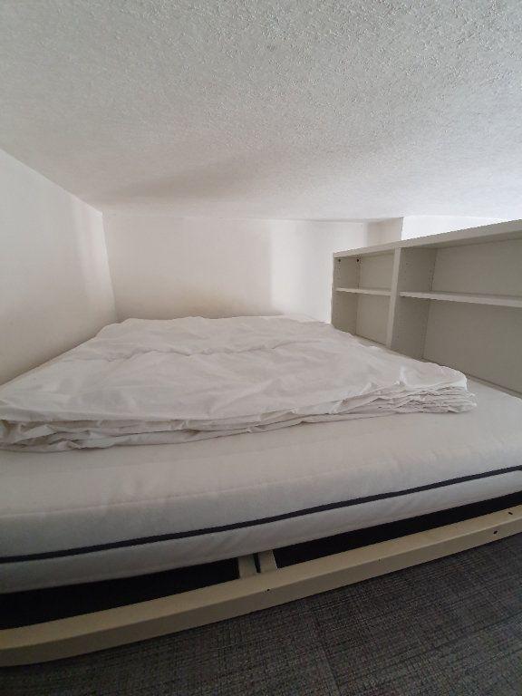 Appartement à louer 1 28m2 à Toulouse vignette-6