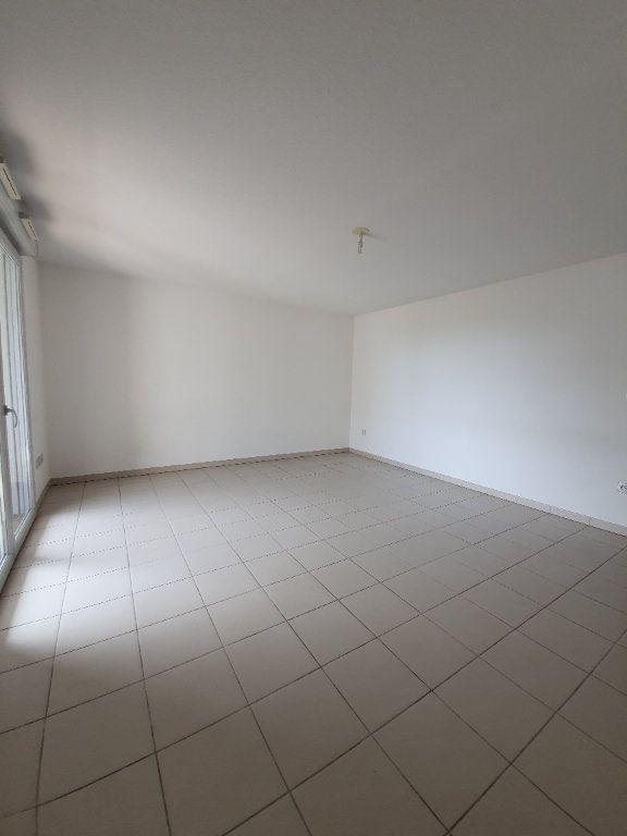 Appartement à louer 3 69m2 à Toulouse vignette-4