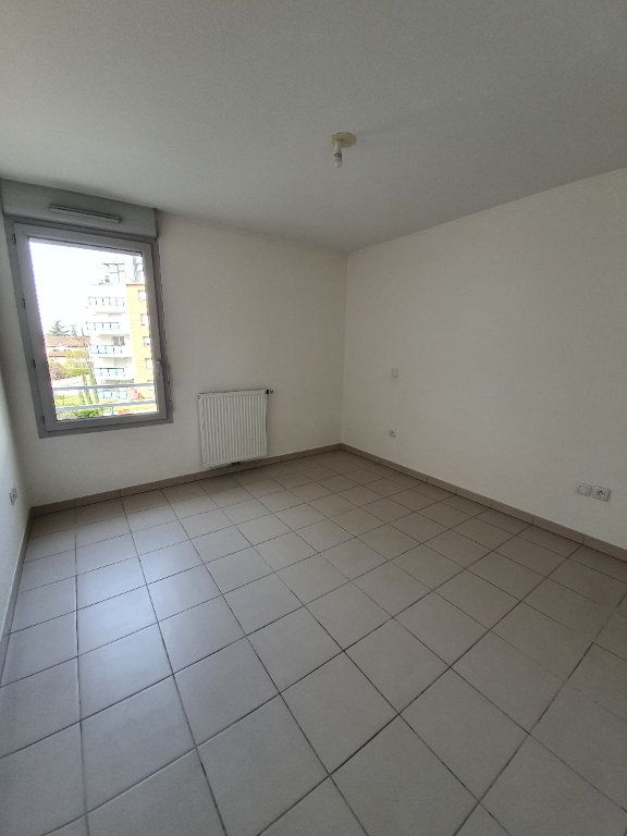 Appartement à louer 3 69m2 à Toulouse vignette-5