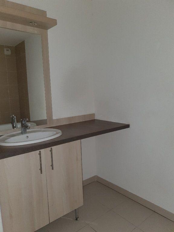 Appartement à louer 3 69m2 à Toulouse vignette-9