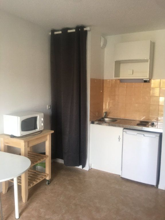 Appartement à louer 1 21.74m2 à Toulouse vignette-1