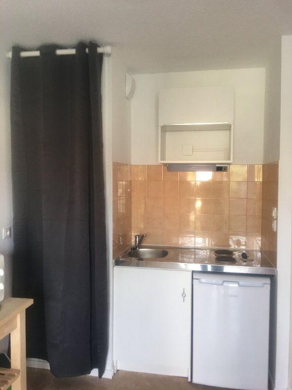 Appartement à louer 1 21.74m2 à Toulouse vignette-5