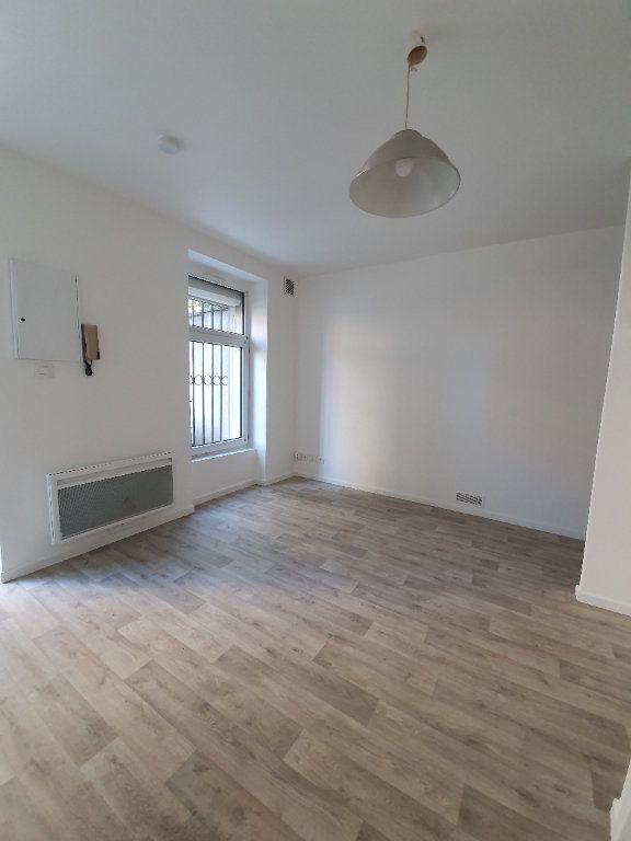 Appartement à louer 1 16m2 à Toulouse vignette-1