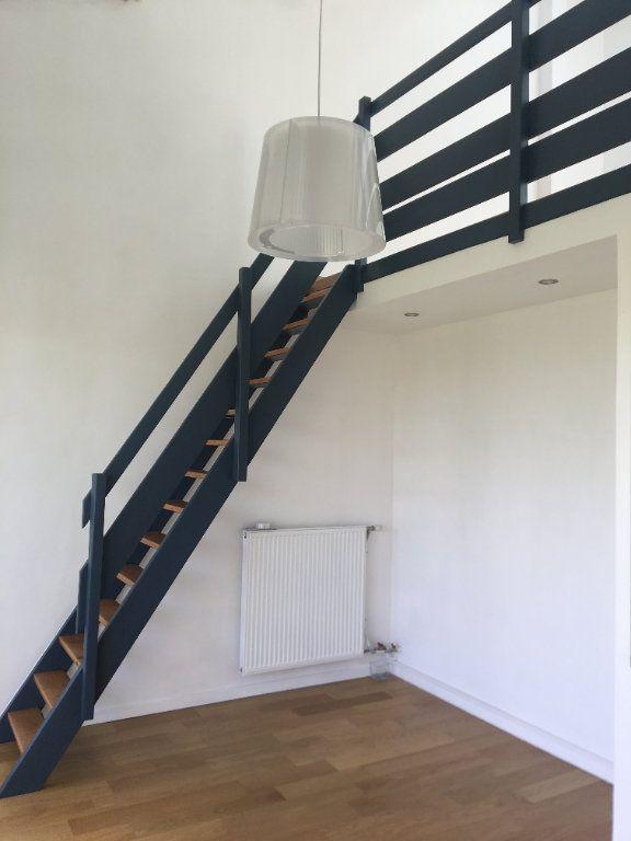 Appartement à louer 1 35m2 à Toulouse vignette-4