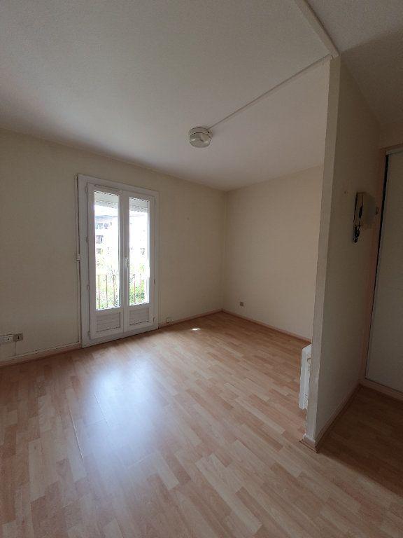 Appartement à louer 2 27.12m2 à Toulouse vignette-1