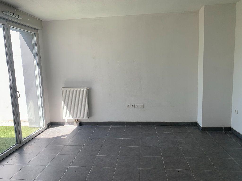 Appartement à louer 2 41.36m2 à Toulouse vignette-1