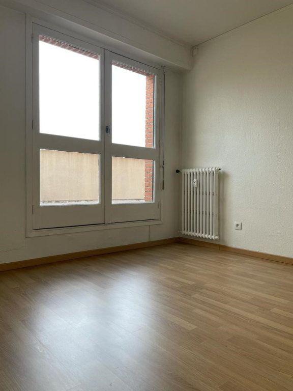 Appartement à louer 2 49.3m2 à Toulouse vignette-6