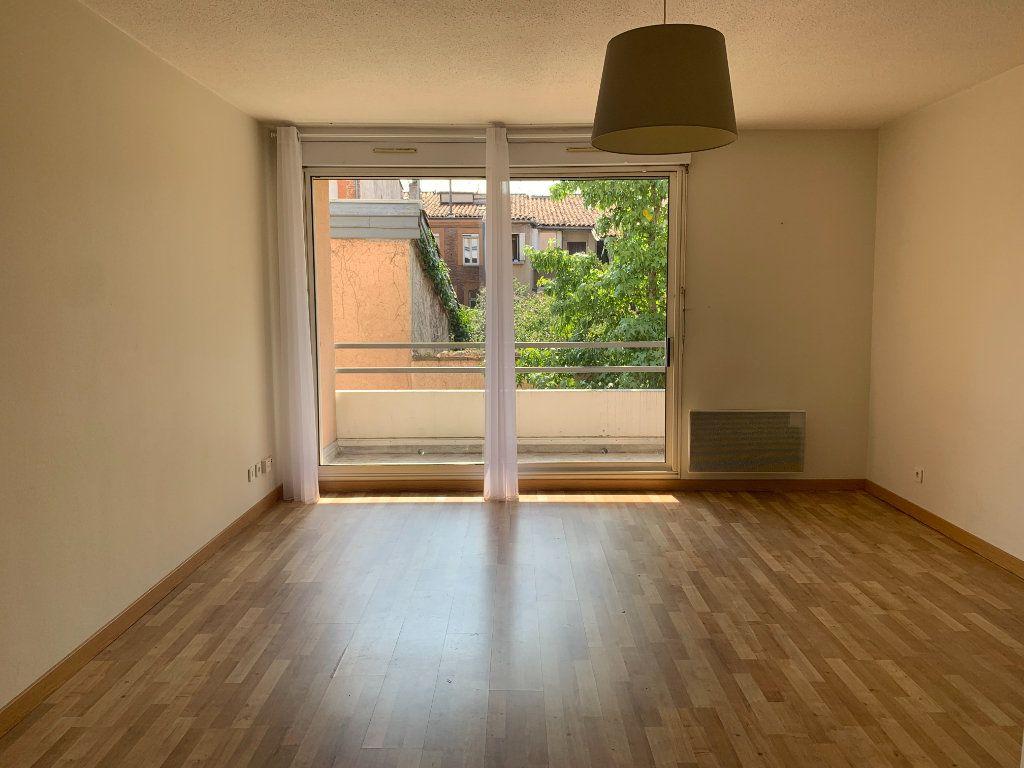 Appartement à louer 2 50.86m2 à Toulouse vignette-2