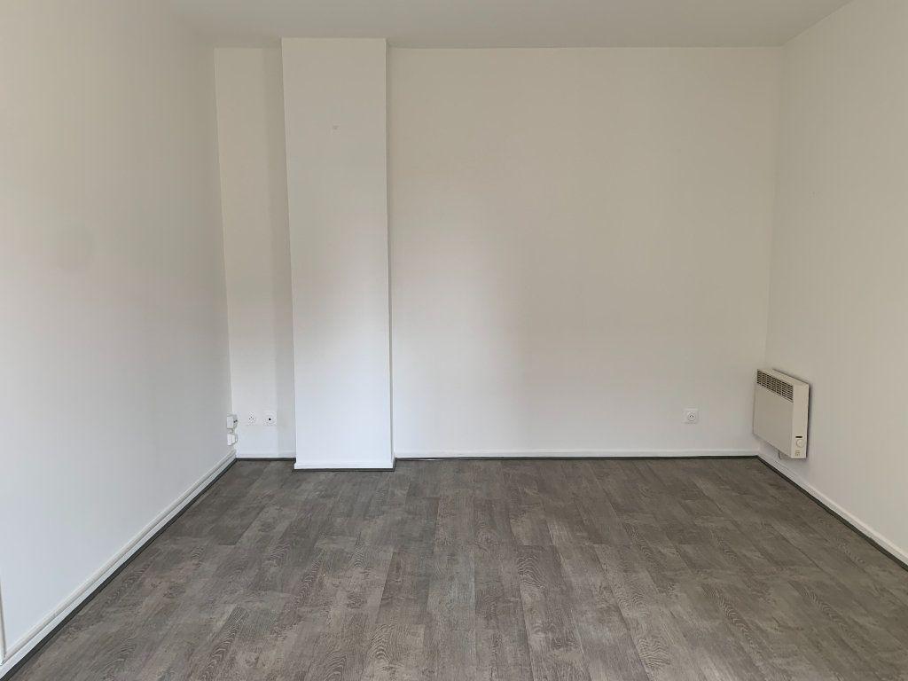 Appartement à louer 2 53m2 à Toulouse vignette-2