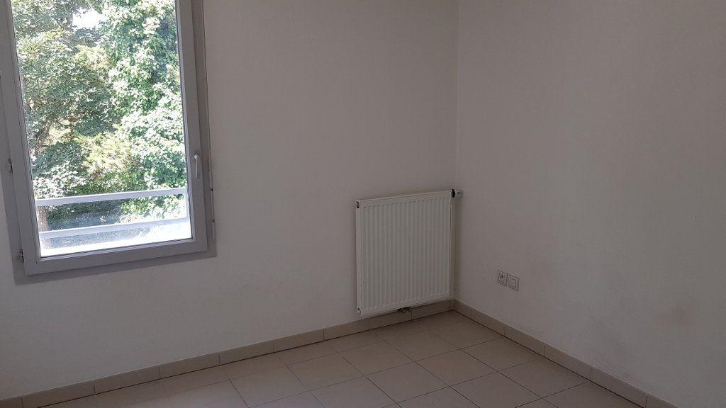 Appartement à vendre 3 61m2 à Toulouse vignette-4