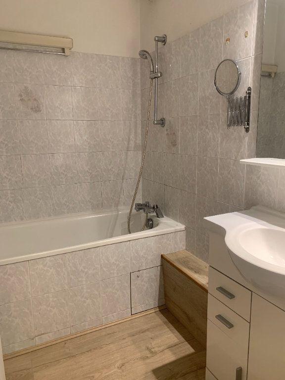 Appartement à louer 3 68m2 à Toulouse vignette-6