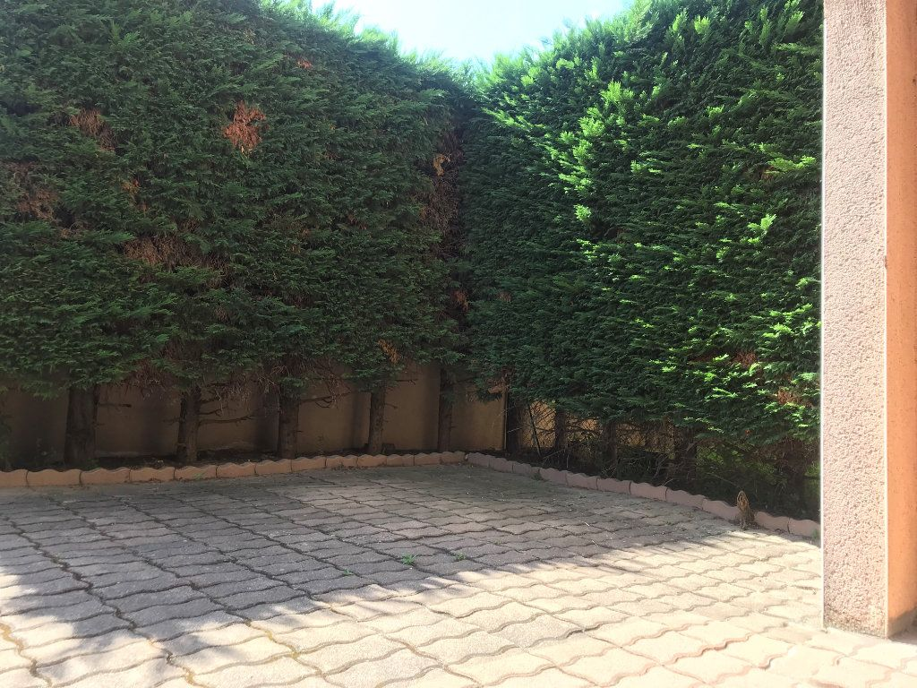 Appartement à louer 3 68m2 à Toulouse vignette-7
