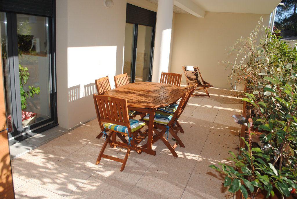 Appartement à vendre 3 69m2 à Toulouse vignette-2