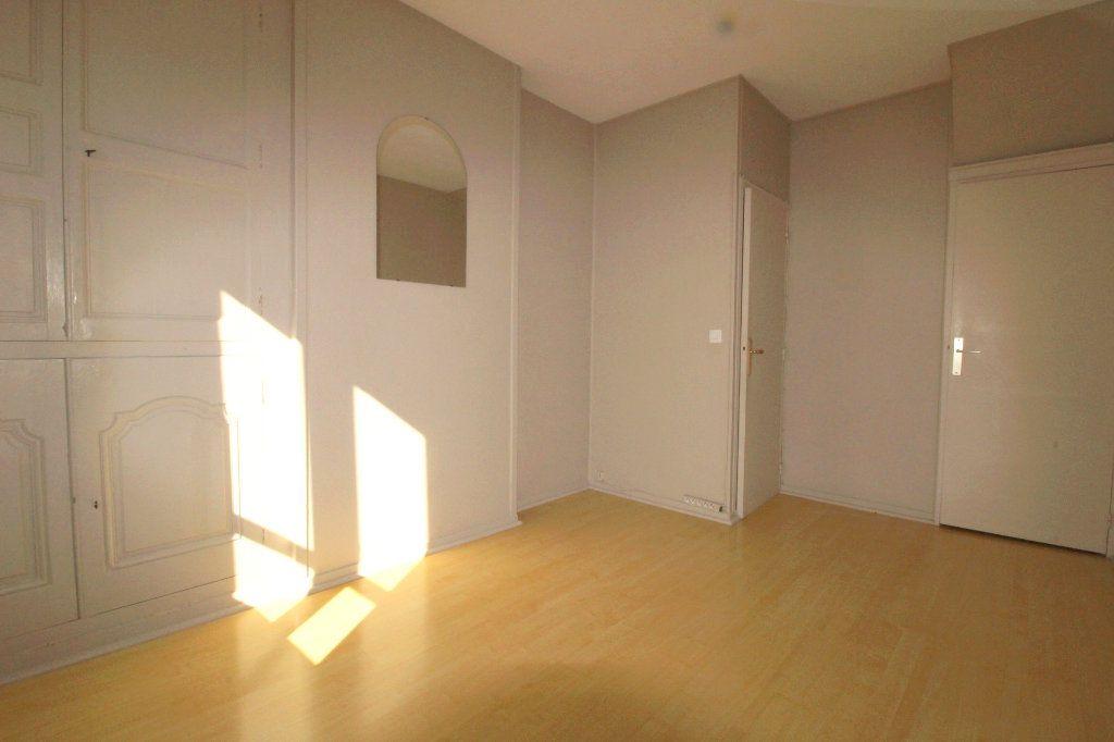 Appartement à louer 2 43.02m2 à Rozay-en-Brie vignette-11