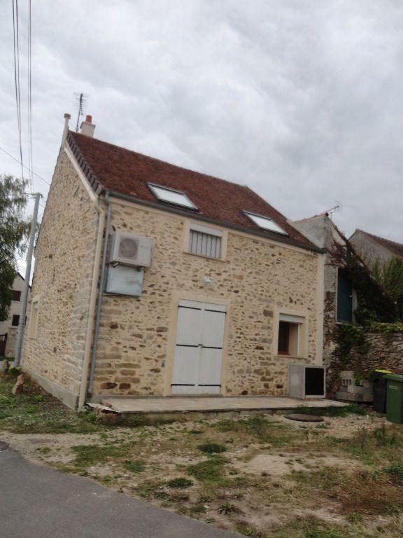 Maison à louer 2 53m2 à Saints vignette-9