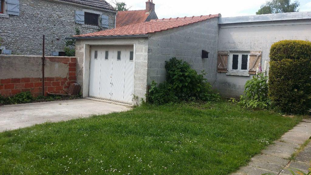 Maison à louer 4 121m2 à Vaudoy-en-Brie vignette-7