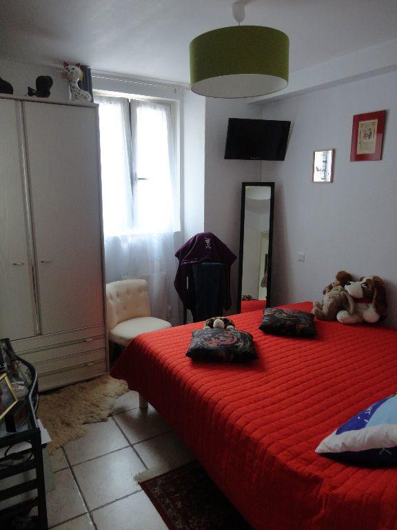 Appartement à louer 2 39.86m2 à Chaumes-en-Brie vignette-3