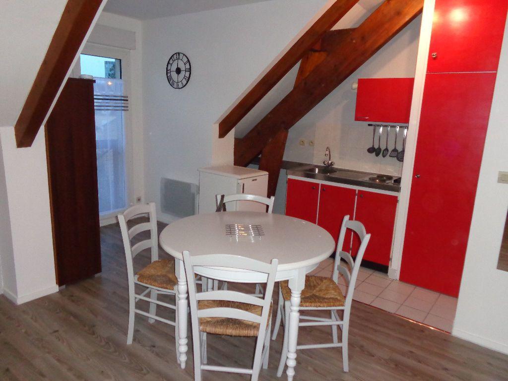 Appartement à louer 1 31.27m2 à Melun vignette-1