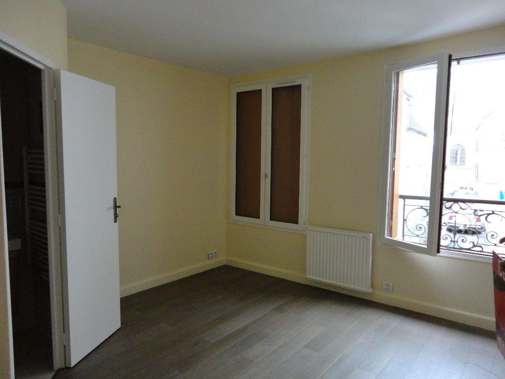 Appartement à louer 2 35m2 à Rozay-en-Brie vignette-4