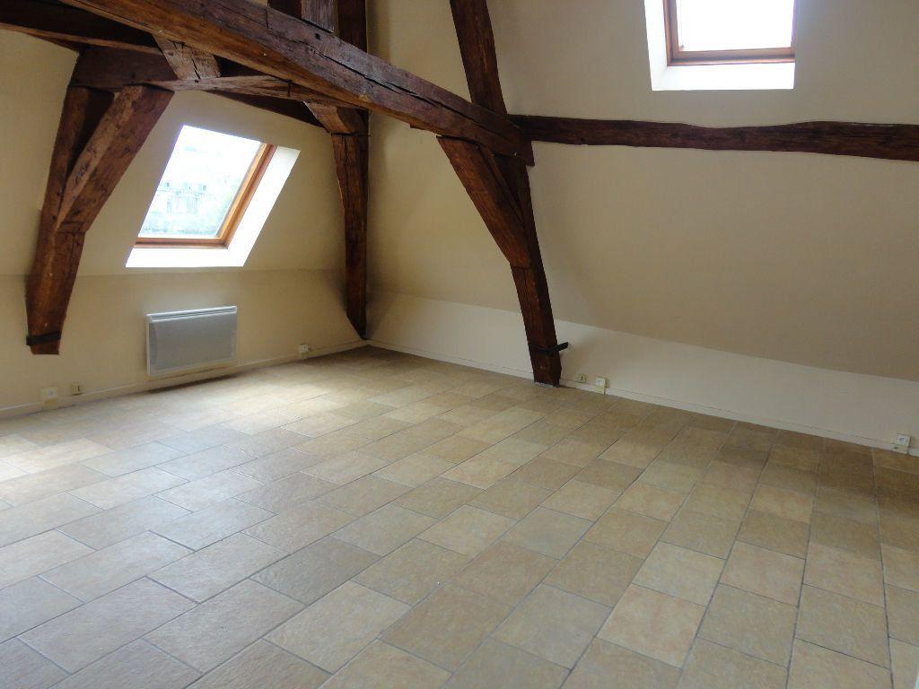 Appartement à louer 1 29m2 à Fontenay-Trésigny vignette-3