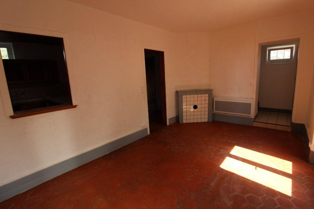 Maison à louer 4 91m2 à Verneuil-l'Étang vignette-1