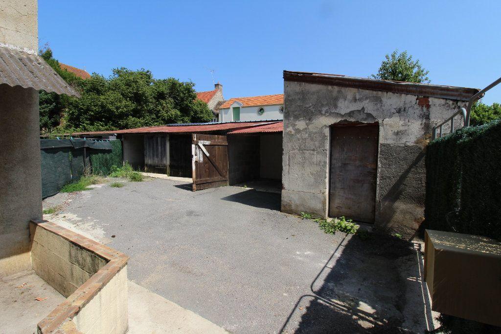 Maison à louer 4 91m2 à Verneuil-l'Étang vignette-3